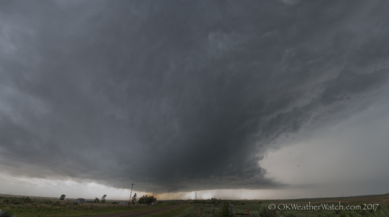 Looking west from 3.8 miles west of Wellington, TX - 5:10 pm CDT